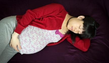 Oreiller de grossesse, avantages, types et mode d'emploi