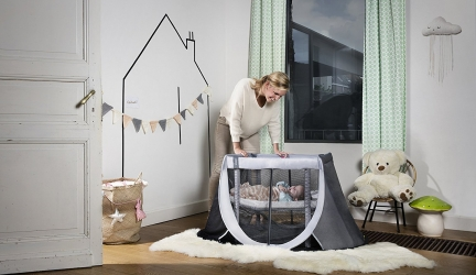 Le meilleur guide pour les mamans conseils astuces - Comment ouvrir un lit parapluie ...
