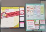 Frigobloc, le calendrier magnétique et le planning des missions «Education positive»