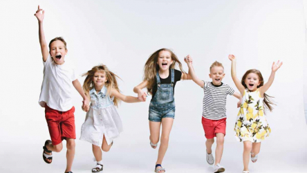 Quand les grandes marques se lancent dans la mode enfantine