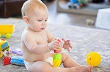 Jouet d'éveil pour bébé : importance pour le développement, que choisir selon l'âge ?